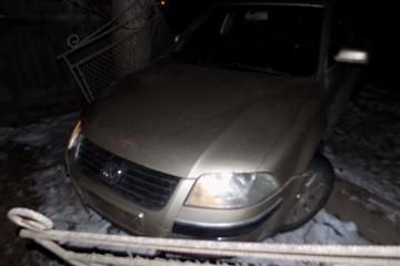Матір з дитиною опинились під колесами авто в Ізі