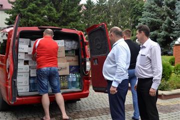 В зону АТО з Тячівщини відправлено гуманітраний вантаж: ФОТО