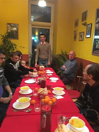 Закарпатські спортсмени з особливими потребами зустріли свято Миколая разом (ФОТО)