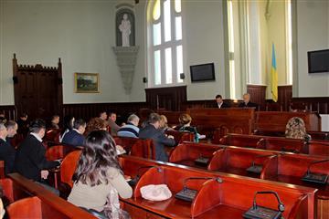 Мукачівцям на лікування виділили шістсот тисяч гривень