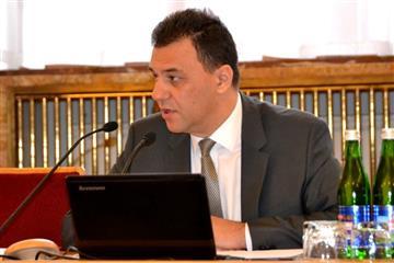 Рівіс зініціював предметне вивчити питання щодо ефективного впровадження медреформи на Закарпатті