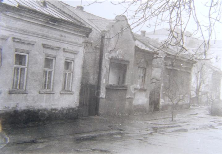 76d817dcd8731f Втрачений Ужгород: будинки сімей Шамудовських і Бардош, на місці яких звели  драмтеатр (Фото)