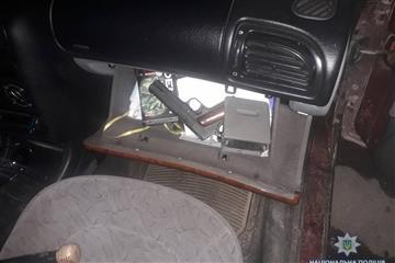 Зброю та набої свалявчанин не сховав (фото)