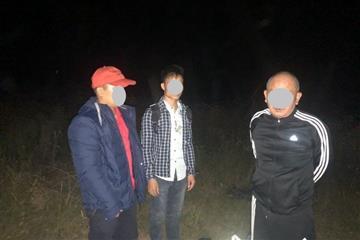 На Ужгородщині прикордонники затримали групу нелегалів разом з провідником